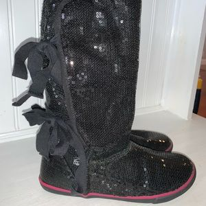 Black sparkly boots